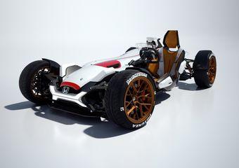 405-килограммовый автомобиль оснащен мотоциклетным двигателем V4 мощностью 215 л.с.