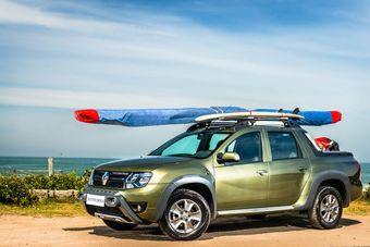 Автомобиль способен принять на борт водителя и четырех пассажиров. Грузоподъемность машины составляет 650 кг.