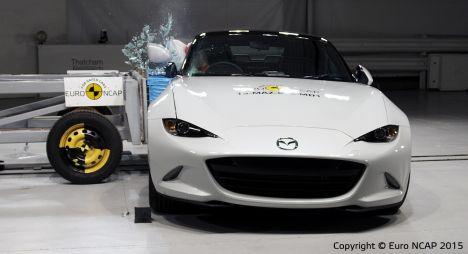 Новые краш-тесты: Hyundai Tucson оказался безопаснее, чем Mazda MX-5