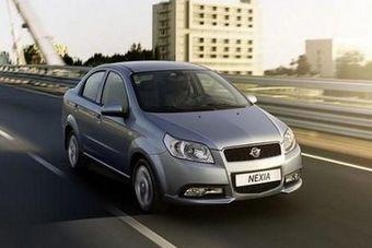 Автомобиль доступен в нескольких комплектациях по цене от 379 до 529 тысяч рублей. Самая дешевая версия с «автоматом» обойдется в 479 тысяч рублей.