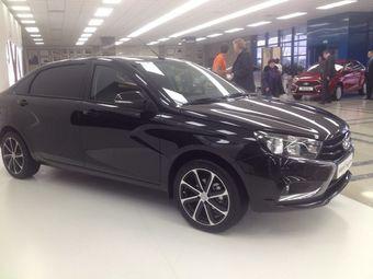 Официальной информации о показе данного автомобиля нигде нет, но российские СМИ сообщают, что на минувших выходных Весту показали чиновникам из Самарской области. Вероятнее всего, новую версию Весты представили там же.