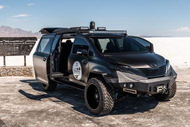 В Лас-Вегасе показали минивэн Toyota Sienna на шасси от пикапа Tacoma