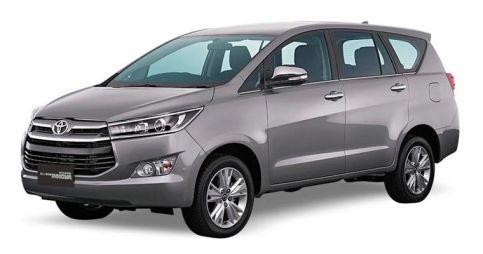 Toyota показала рамный минивэн Innova второго поколения