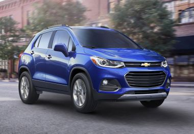 Компактному кроссоверу Chevrolet Trax обновили дизайн и улучшили оснащение
