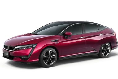 Honda запустила продажи водородного седана Clarity в Японии