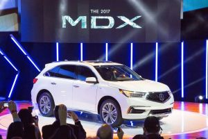 Обновленный кроссовер Acura MDX получил гибридную модификацию