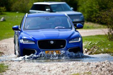Обзор Jaguar F-Pace — первого SUV в истории марки