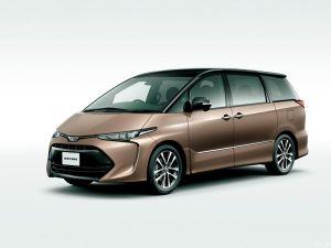 Toyota представила модернизированную Estima/Previa