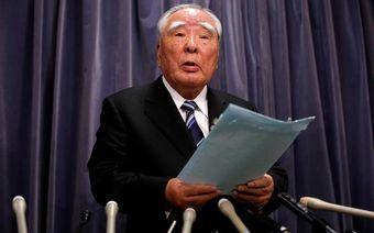 В середине мая выяснилось, что Suzuki тестировала машины в закрытых помещениях и на специальных стендах, а не в реальных условиях, как того требует японское законодательство, из-за этого заявленный расход топлива оказывался ниже реального.