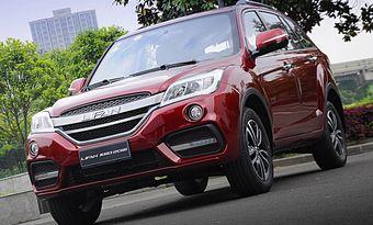 Модернизированный Lifan X60, как и дорестайлинговую модель, оснащают 1,8-литровым бензиновым мотором мощностью 128 л.с., агрегатированным с 5-ступенчатой МКП или вариатором. Машина доступна только с передним приводом.