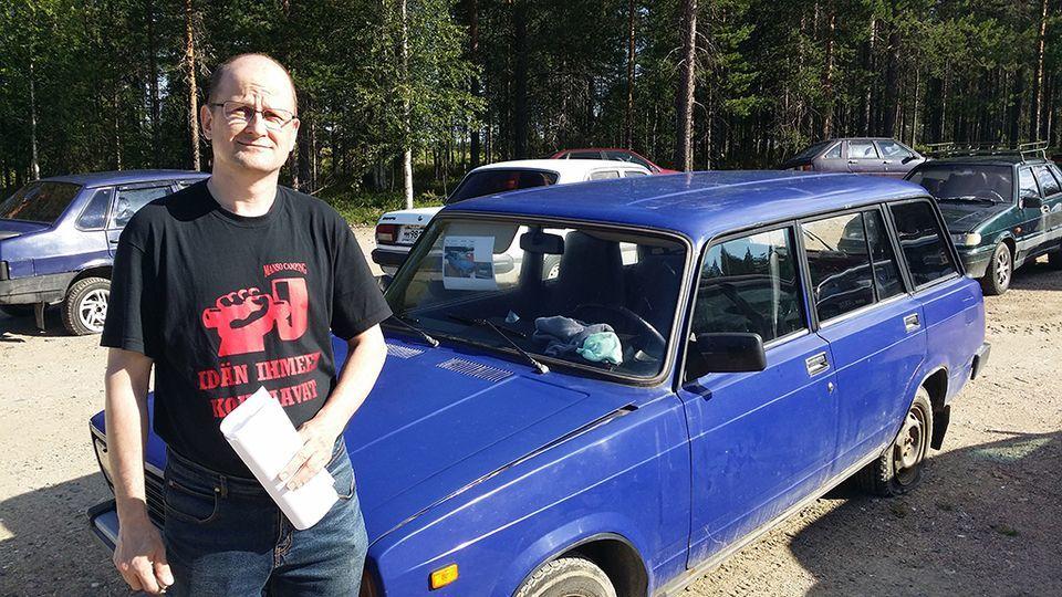 ... силу финские ограничения на пропускных пунктах, согласно которым  пересекать границу РФ и Финляндии могут только граждане Финляндии, России и  Белоруссии. 56b23b3655b