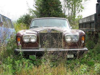 В первом полугодии 2016 рынок автомобилей Rolls-Royce с пробегом в России составил 87 единиц, что на 2,4% больше по сравнению с результатом годичной давности
