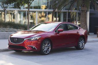 О моторах информации пока нет, но текущую версию Mazda3 можно приобрести в США с 2,0- или 2,5-литровым мотором (155 и 184 л.с.). Для Mazda6 предусмотрен только 2,5-литровый агрегат.