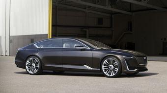 В движение концепт приводит 4,2-литровый бензиновый V8 с двойным турбонаддувом, мощность которого не раскрывается.
