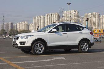 В настоящее время в России продаются только три легковые модели FAW: компактные седаны Oley и V5, а также среднеразмерный седан Besturn B50.