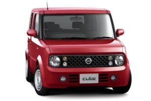 Nissan Cube и Nissan Cube Cubic обрели новую комплектацию