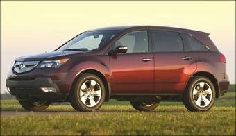 Acura MDX 2007 стал трехсот сильным стильным кроссовером повышенной комфортности.