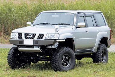 Делаем трактор из Nissan Safari по-японски