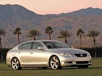 Компания Toyota сообщила о сервисной акции для владельцев Lexus GS300 и Lexus GS430. На автомобилях, выпущенных с февраля по март 2005 года, предлагается заменить усилители рулевого управления.