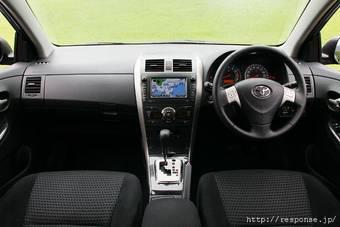 """Главный разработчик Corolla утверждает: """"Среди приятных моментов Corolla нового поколения – обилие передового электронного оборудования. Например, систему облегчения парковки новый автомобиль позаимствовал у Lexus LS."""""""