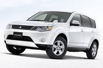 Mitsubishi начала в Японии продажи новой спортивной комплектации внедорожника Mitsubishi Outlander.