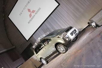 В Японии стартовали продажи Mitsubishi Delica D:5