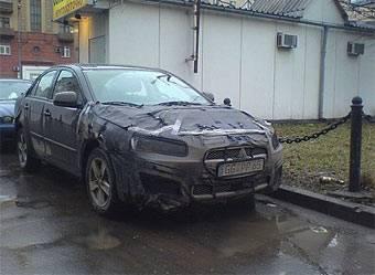 Судя по фотографиям, размещенным на сайте lancer-club.ru, этот автомобиль - действительно новый Mitsubishi Lancer. У прототипа такая же решетка радиатора, узкие фары и вытянутые задние фонари.
