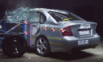 Subaru Legacy и Outback прошли краш-тесты на пять.