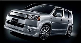 Комплект от Mugen состоит из аэродинамического обвеса, благодаря которому автомобиль приобретает основательную, почти спортивную внешность.
