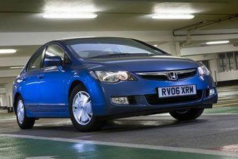 """Второй год подряд самой """"чистой"""" машиной признается Honda Civic с гибридным силовым агрегатом."""