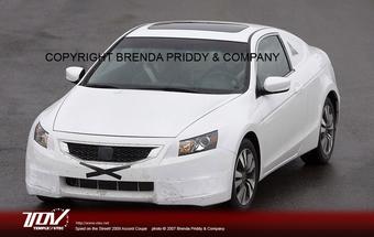 Honda Accord Coupe на тестовой обкатке в США.