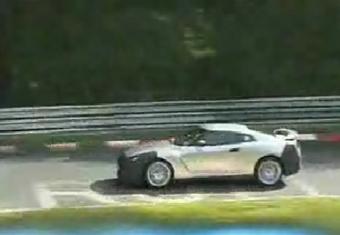 Новое видео трековых испытаний Nissan GT-R.