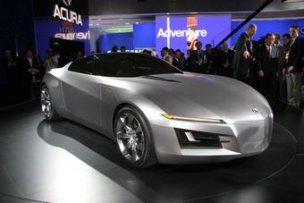 Honda показала в Китае свои эко- и спорт-кары. (На снимке Acura Advanced Sports Car Concept.)
