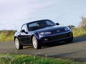 Продажи автомобилей Mazda в России выросли на 47%. (На фото кабриолет Mazda MX-5, пока официально продано только 25 таких автомобилей).