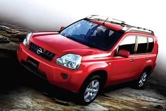 Nissan опубликовал официальные фотографии Nissan X-Trail для японского рынка.