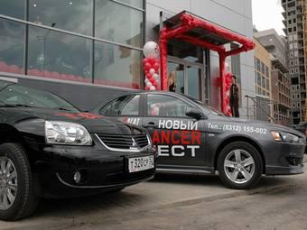 У Российских автосалонов не хватает моделей в наличии, чтобы удовлетворить спрос покупателей. Очереди стали нормальным явлением.