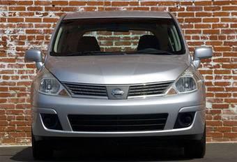 Автомобили Nissan Tiida, собранные в Мексике, будут поставляться в Россию с октября.