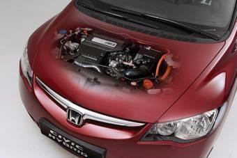 Немецкий автомобильный клуб VCD второй год подряд ставит Honda Civic Hybrid на первое место в своем рейтинге экологически безопасных автомобилей.
