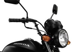 Маленький дорожный мотоцикл Honda CG125 Fan имеет небольшой расход топлива, а также очень прост в управлении, чем и полюбился водителям стран Латинской Америки.