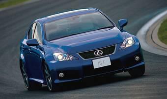 Во время показательного тест-заезда на трассе Fuji Speedway, на которой проходит гран-при Японии в гонках «Формулы-1», новый Lexus IS-F показал скорость в 240 км/ч.