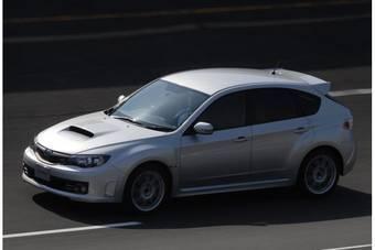 Фото Subaru Impreza WRX STI во время испытательного заезда.