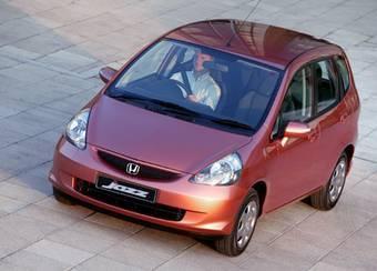 Honda Jazz первого поколения до сих пор очень популярен в Англии и других европейских странах.