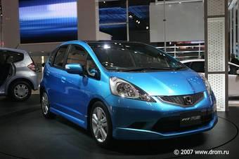Новое поколение Honda Fit успешно стартовало в Японии.