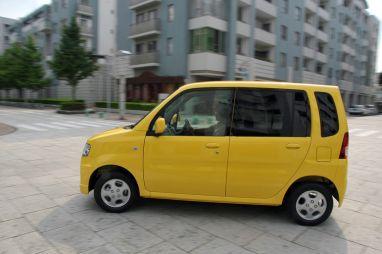 Mitsubishi Toppo против Pajero Mini: что предпочтительнее для девушки?