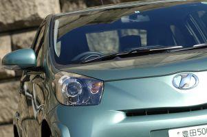 Обзор микро-кара Toyota iQ в сравнении с Smart ForTwo