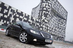 Обзор обновленной версии седана Honda Legend от Drom.ru
