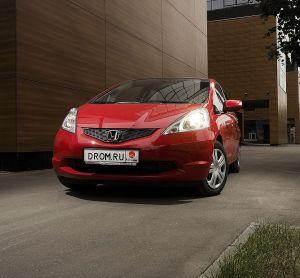 Тест-драйв нового поколения Honda Jazz от Drom.ru