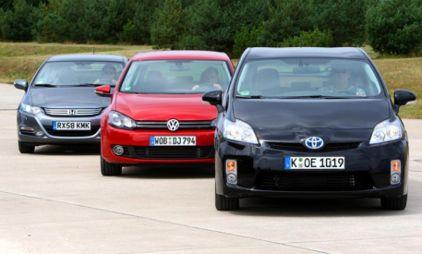 Немцы тестируют Honda Insight, Toyota Prius и VW Golf. Вывод — брать надо Golf. Непревзойденная машина!