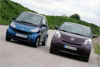 Короткий против маленького: Smart Fortwo и Toyota iQ в сравнении