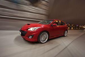 Тест-драйв заряженного хэтчбека Mazda3MPS от Drom.ru